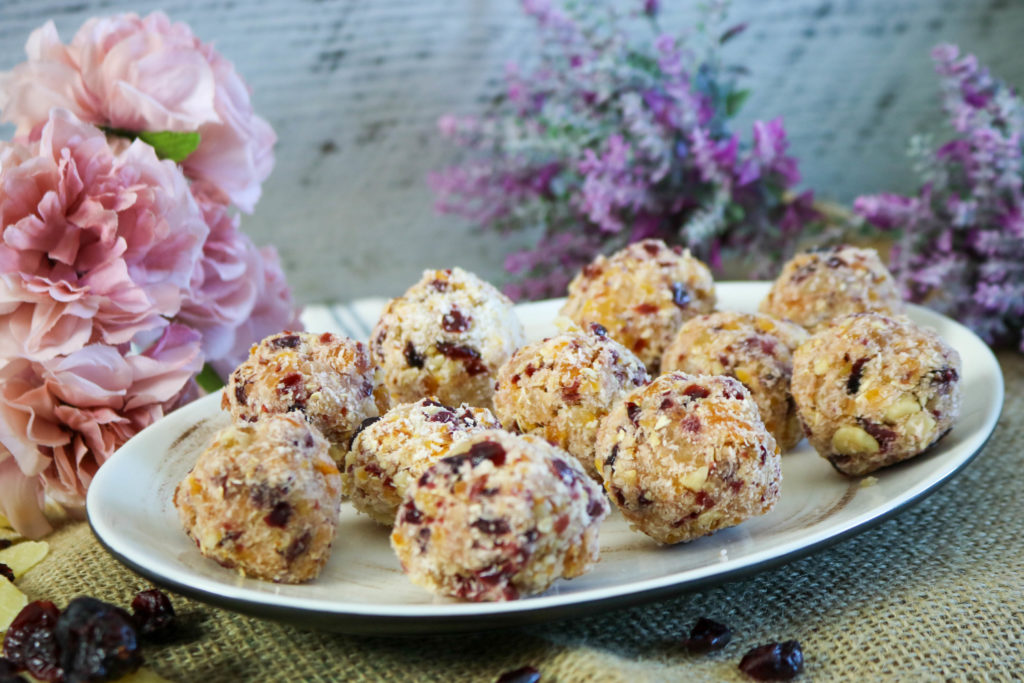 No Bake Oatmeal Cookies With Fruit