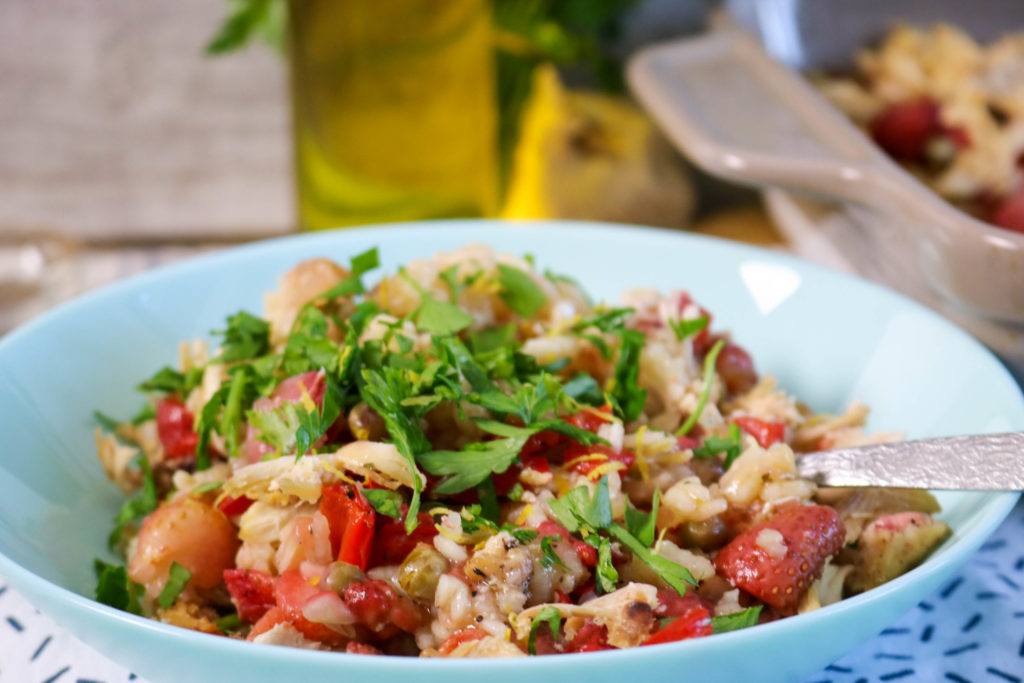 Healthy One Pot Chicken Strawberry Paella