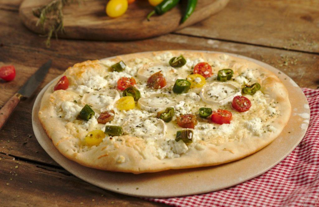 Jalapeno Popper White Pizza