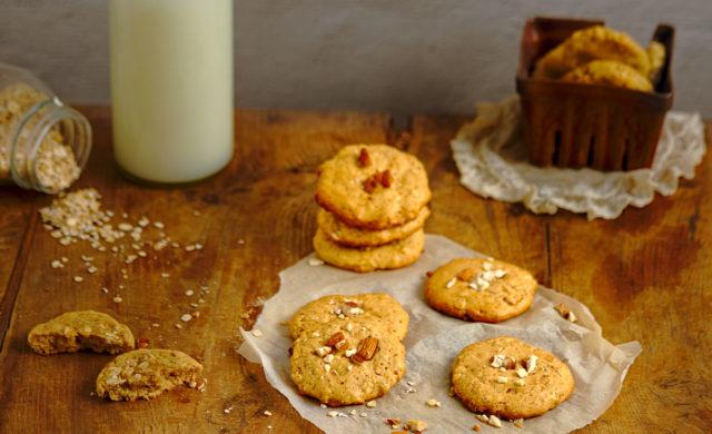 Oatmeal, Coconut Crunch Cookies