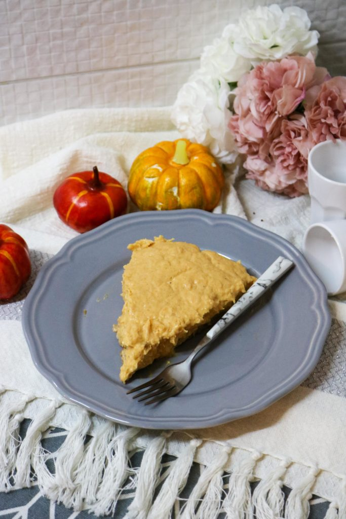 Lightened No Bake Pumpkin Cheesecake Pie with Gingersnap Crust 3