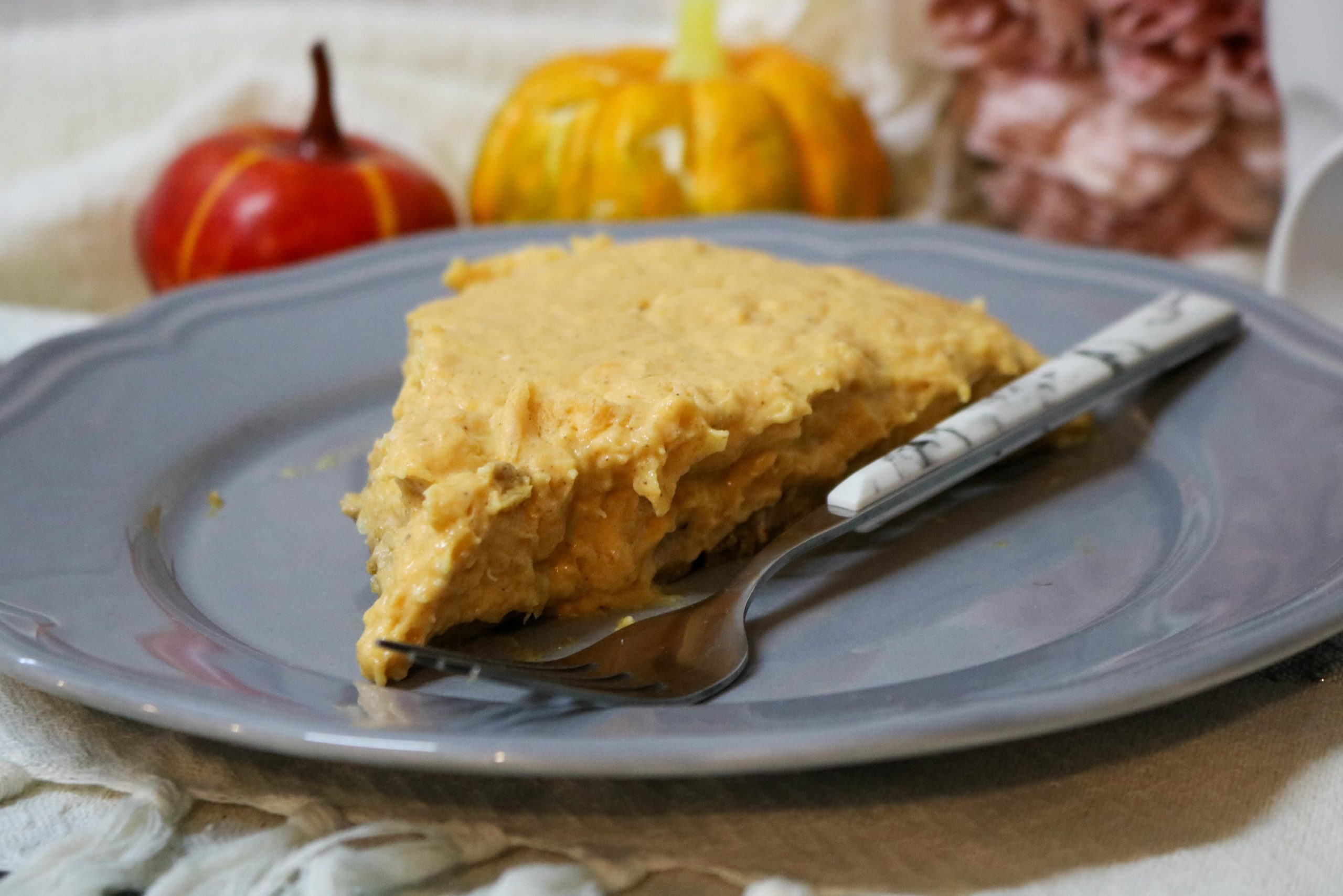 Lightened No Bake Pumpkin Cheesecake Pie with Gingersnap Crust Recipe