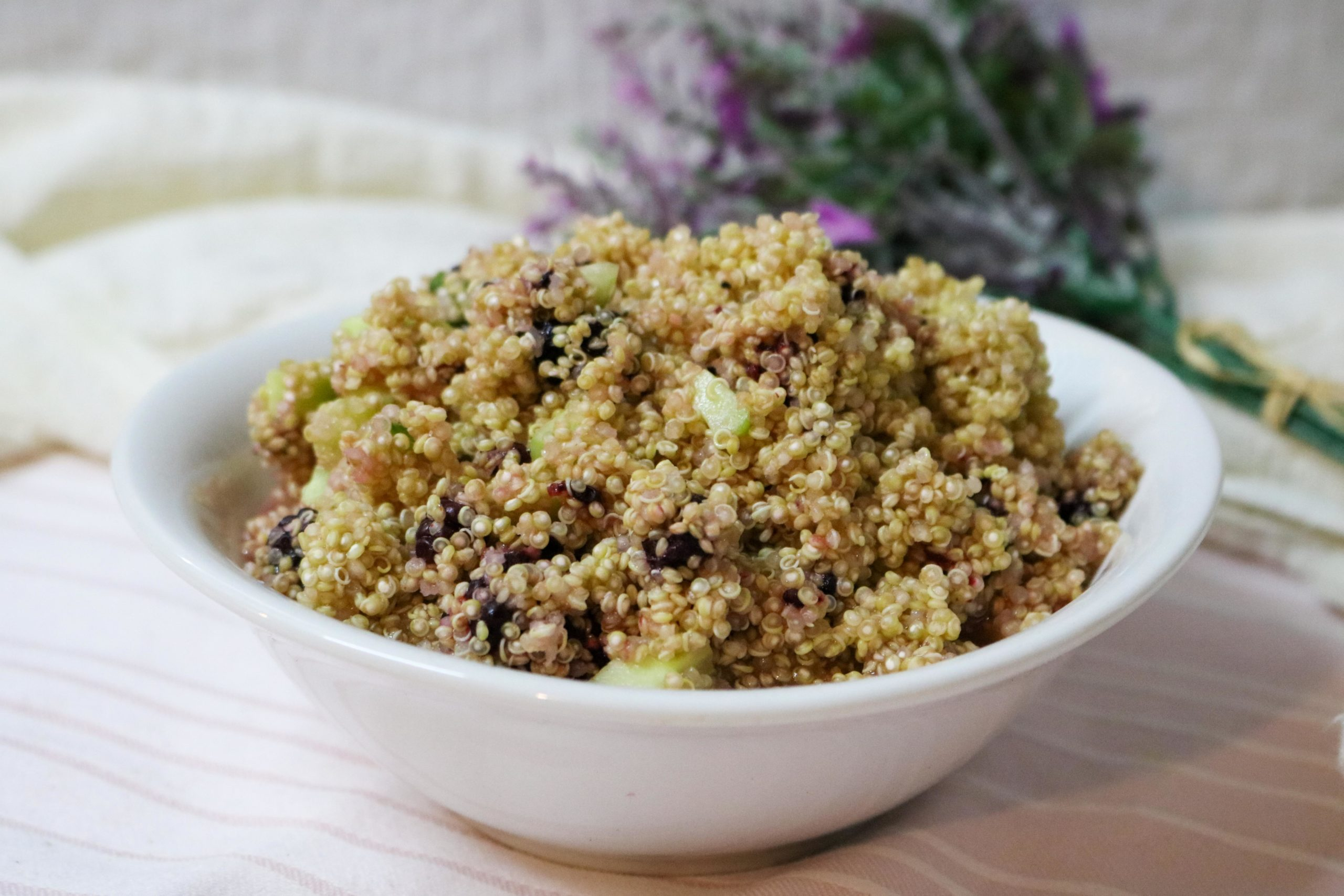 Quinoa Salad with Blackberries and Lemon Vinaigrette Recipe