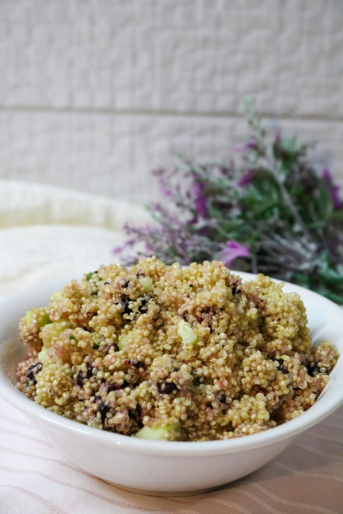 Quinoa Salad with Blackberries and Lemon Vinaigrette 1