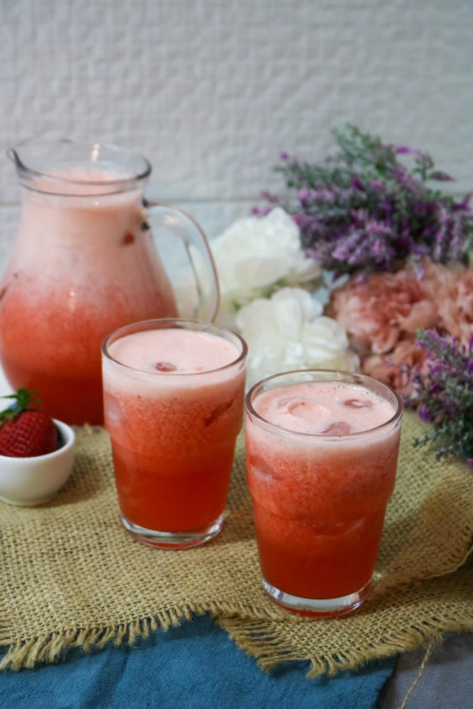No Sugar Added Strawberry Lemonade 2