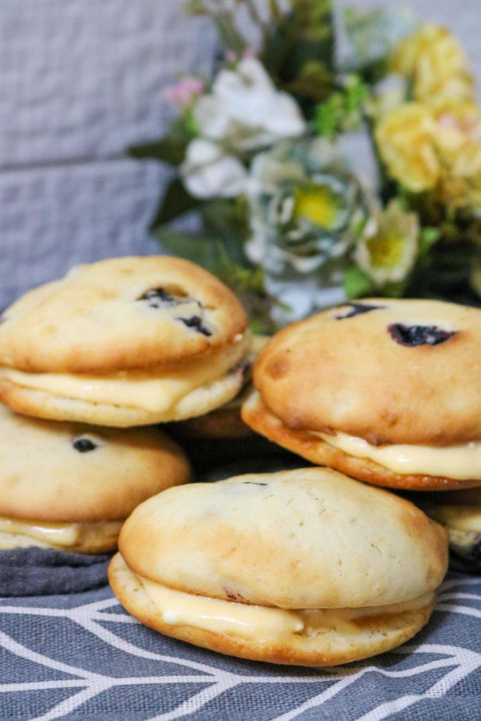 Lemon Blueberry Whoopie Pie 1